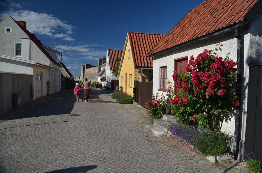 Visby lilled.